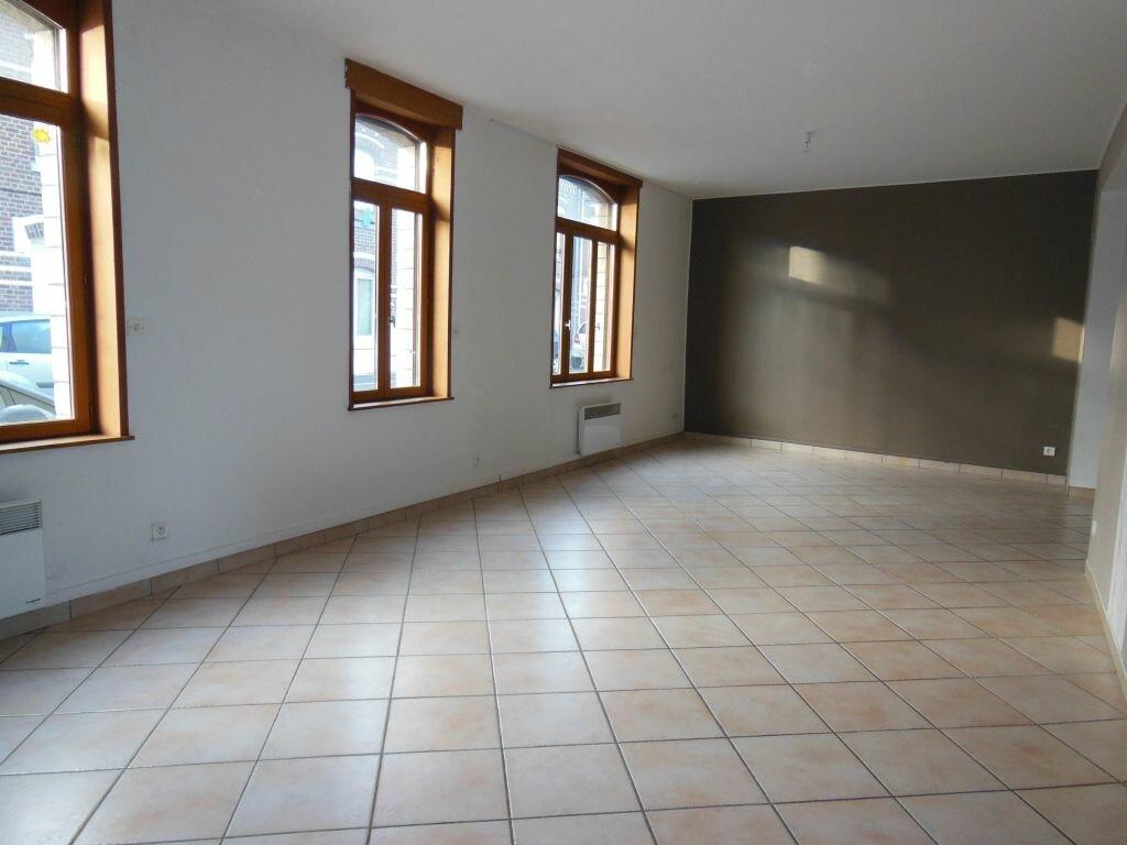 Location Appartement 4 pièces à Herlies - vignette-1