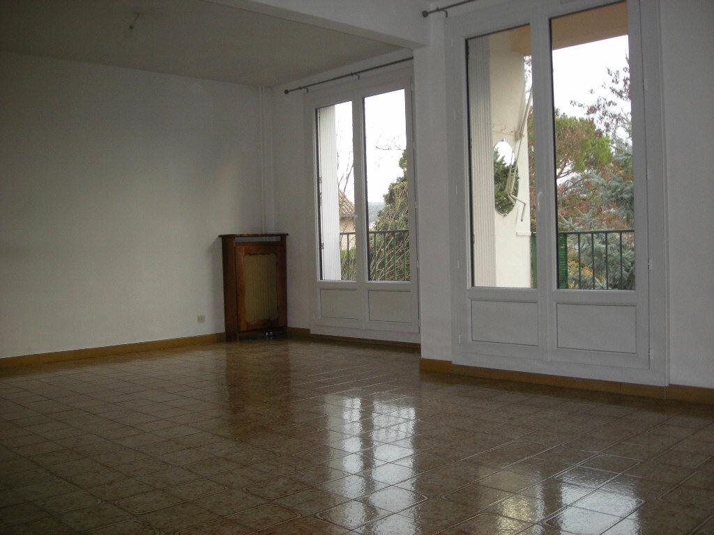 Achat Appartement 4 pièces à Gardanne - vignette-2