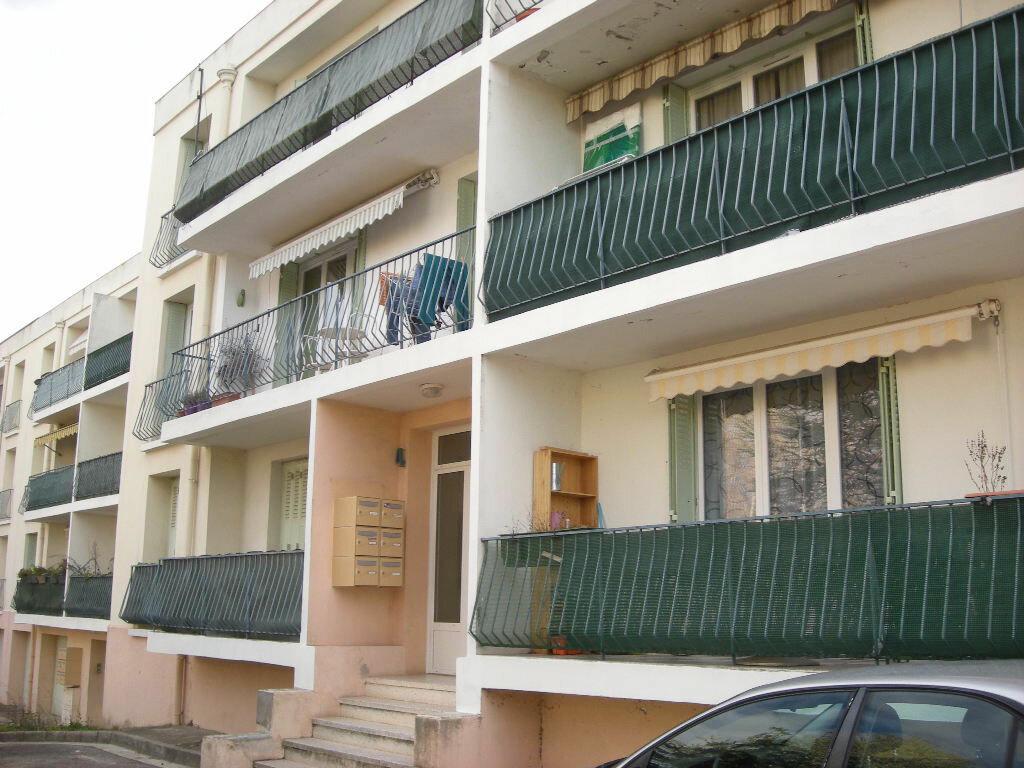Achat Appartement 5 pièces à Gardanne - vignette-1