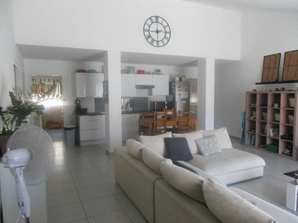 Location Appartement 4 pièces à Gardanne - vignette-1