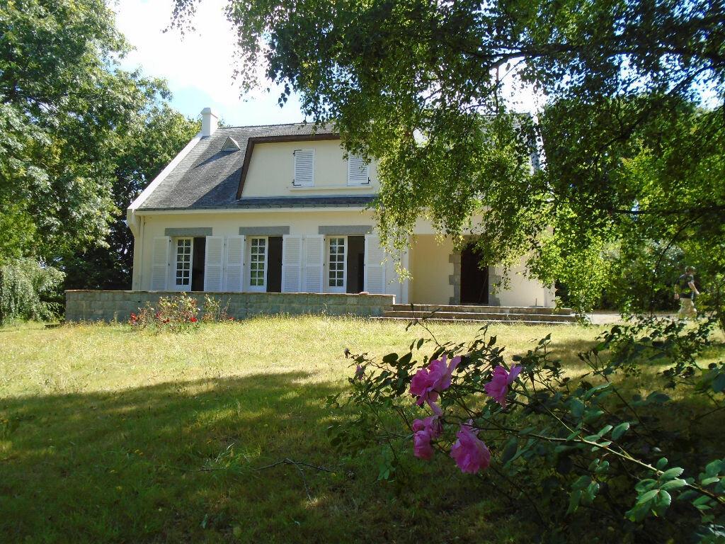 Achat Maison 7 pièces à Saint-Molf - vignette-1