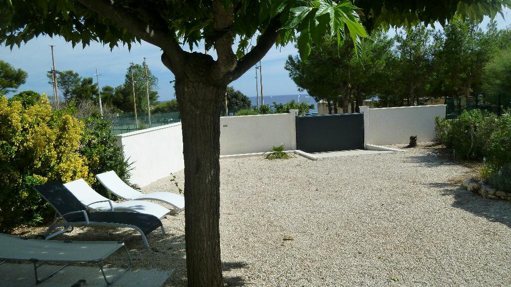 Location Maison 4 pièces à Sausset-les-Pins - vignette-1