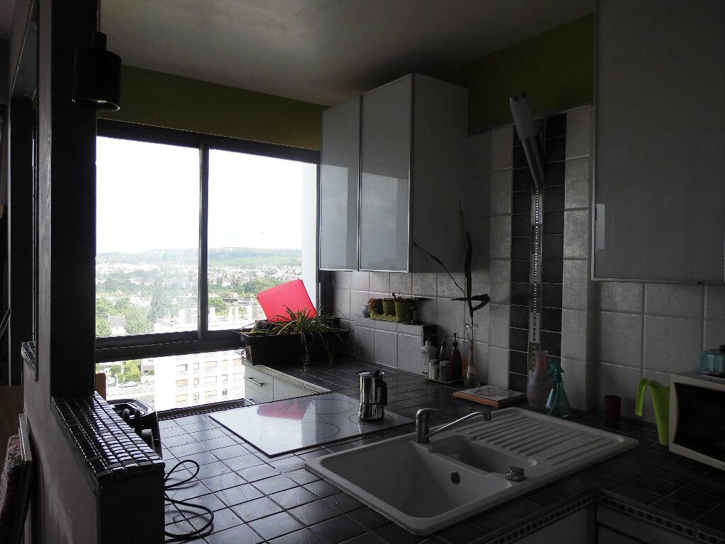 Achat Appartement 5 pièces à Sarcelles - vignette-2