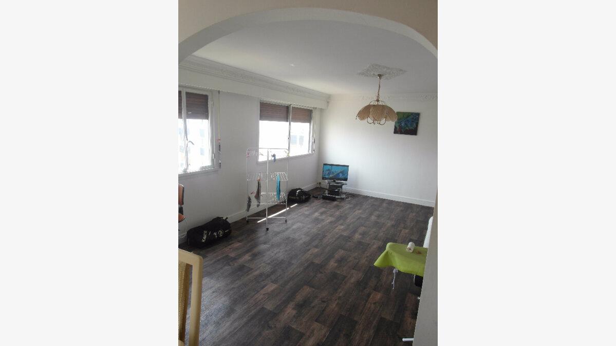 Achat Appartement 4 pièces à Sarcelles - vignette-2