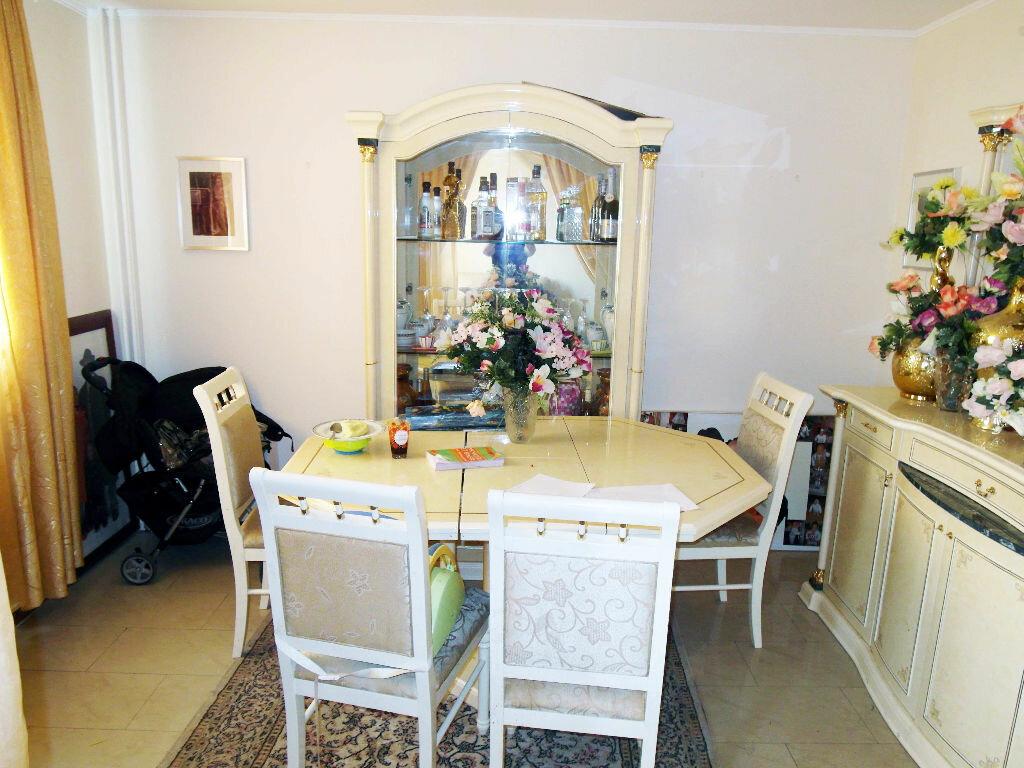 Achat Appartement 4 pièces à Pierrefitte-sur-Seine - vignette-4