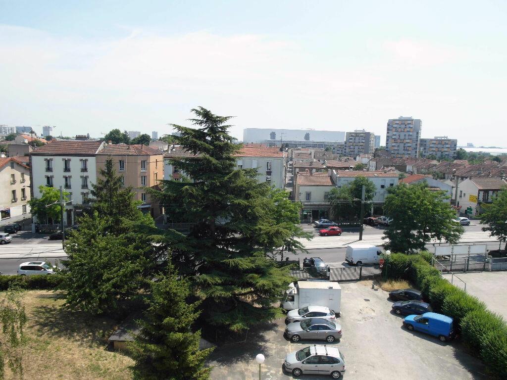 Achat Appartement 4 pièces à Pierrefitte-sur-Seine - vignette-17