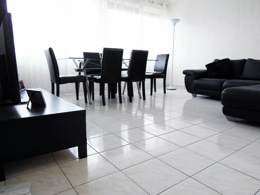 Achat Appartement 4 pièces à Sarcelles - vignette-3