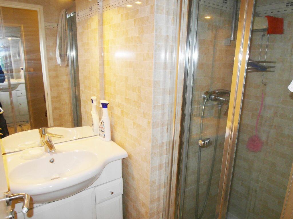 Achat Appartement 5 pièces à Sarcelles - vignette-13