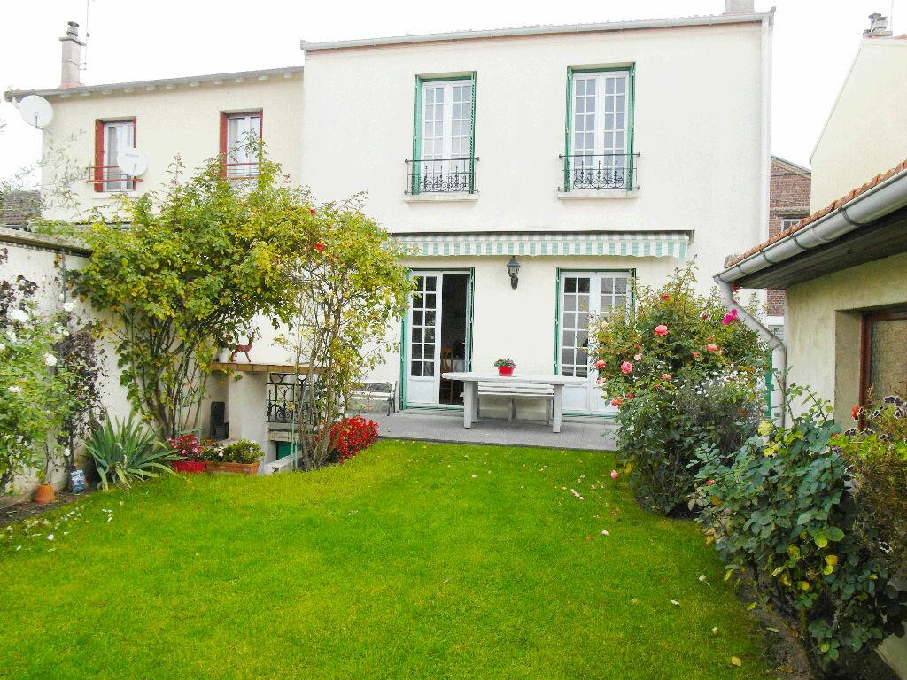 Achat Maison 5 pièces à Pierrefitte-sur-Seine - vignette-1