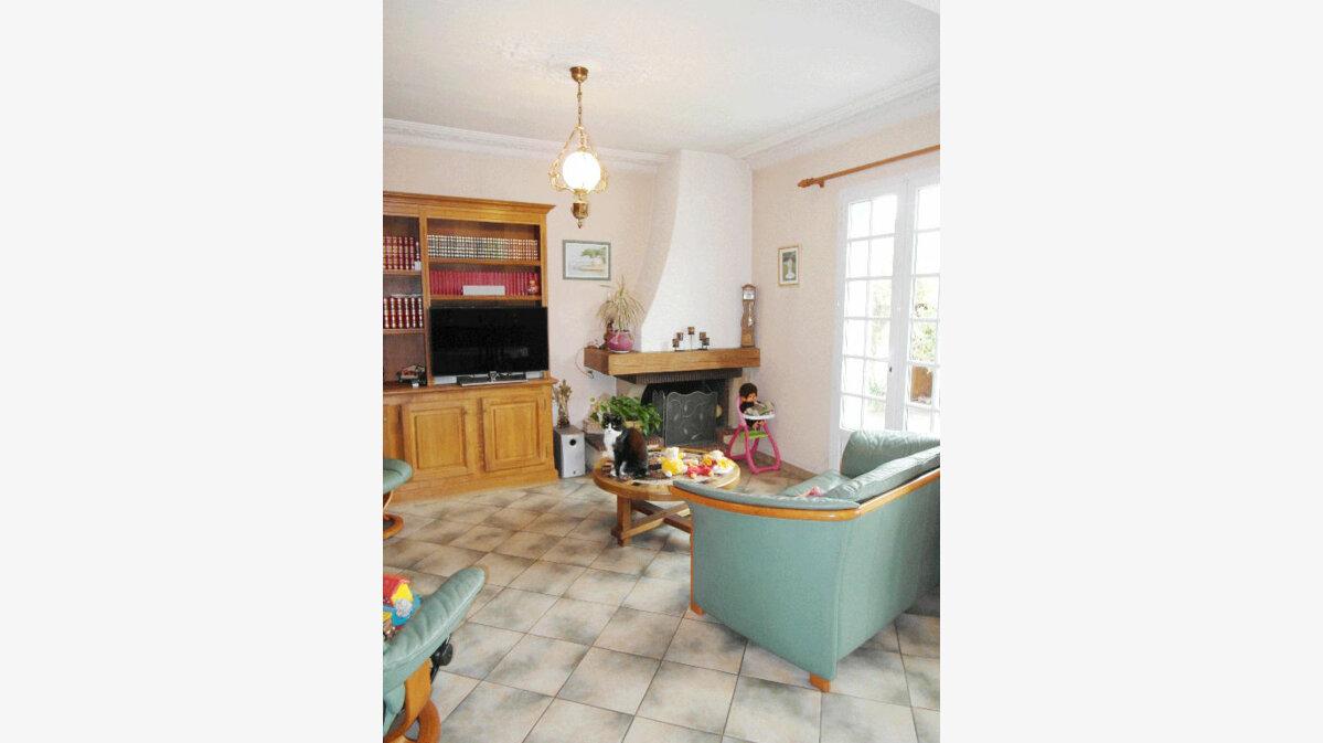 Achat Maison 5 pièces à Pierrefitte-sur-Seine - vignette-6