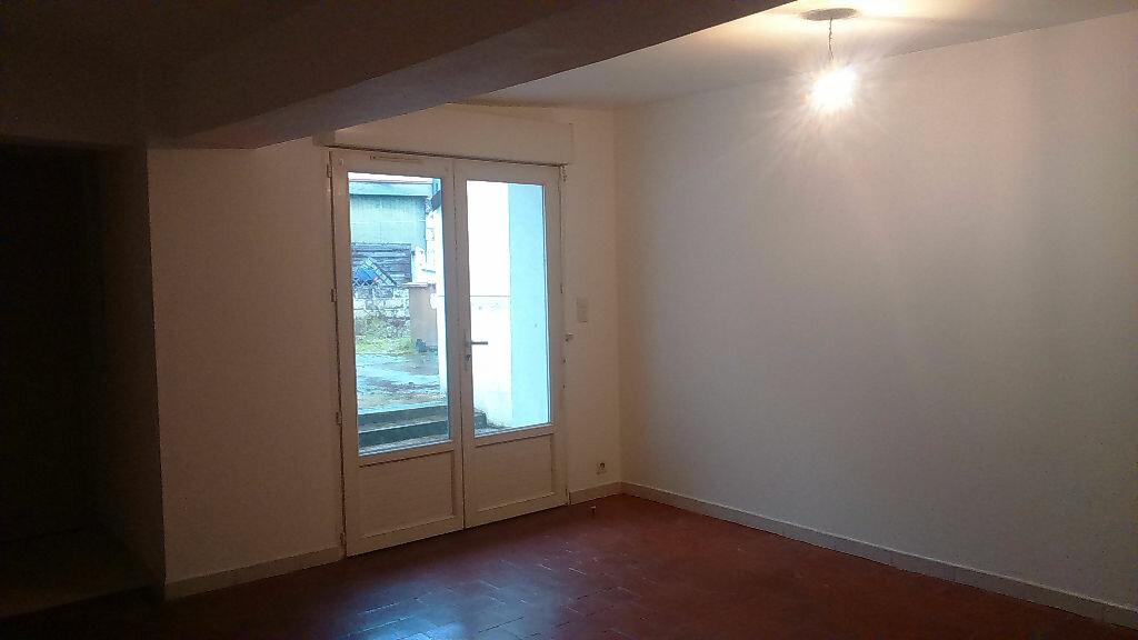 Location Maison 4 pièces à Romorantin-Lanthenay - vignette-1