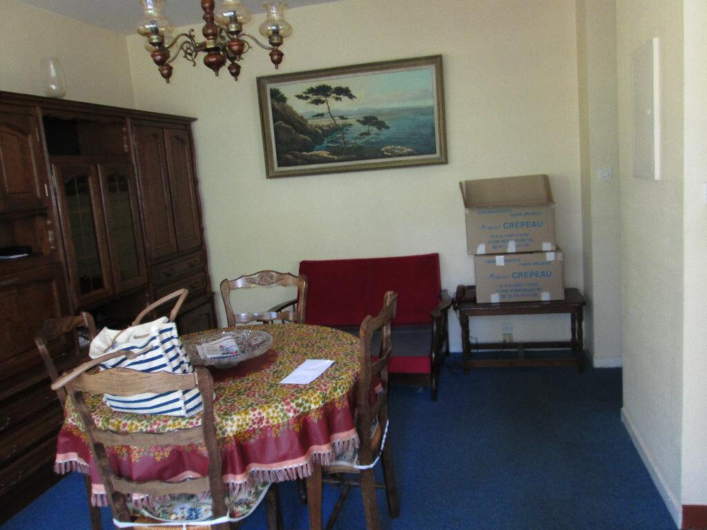 Location Appartement 2 pièces à Romorantin-Lanthenay - vignette-2
