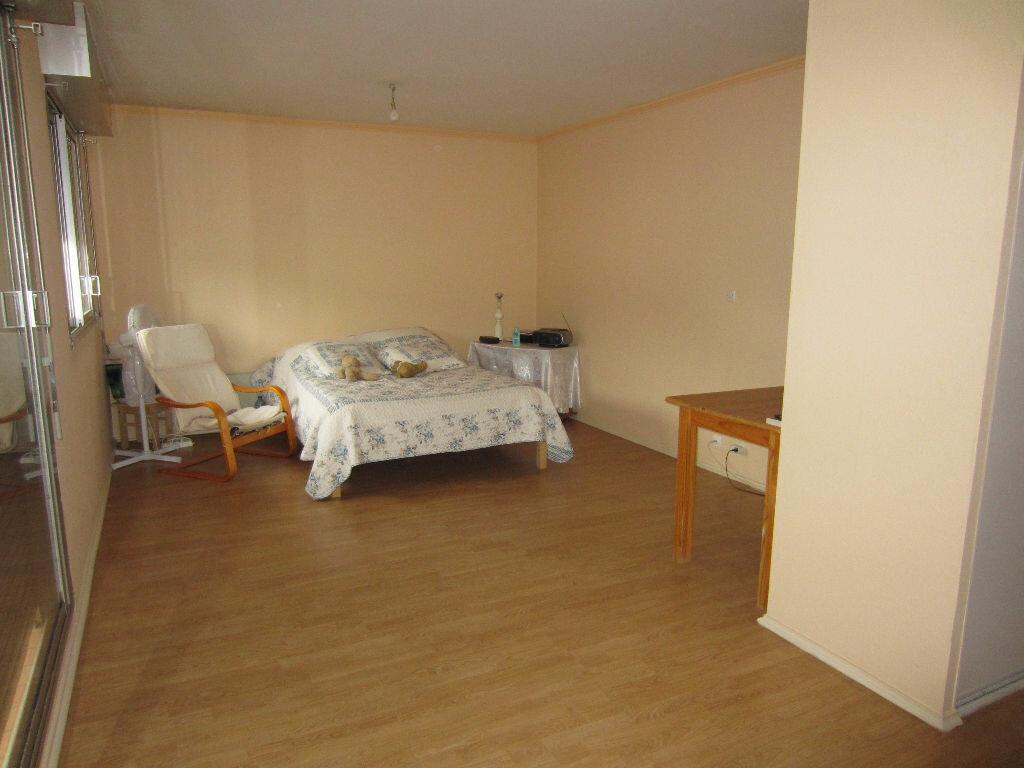 Location Appartement 1 pièce à Romorantin-Lanthenay - vignette-1