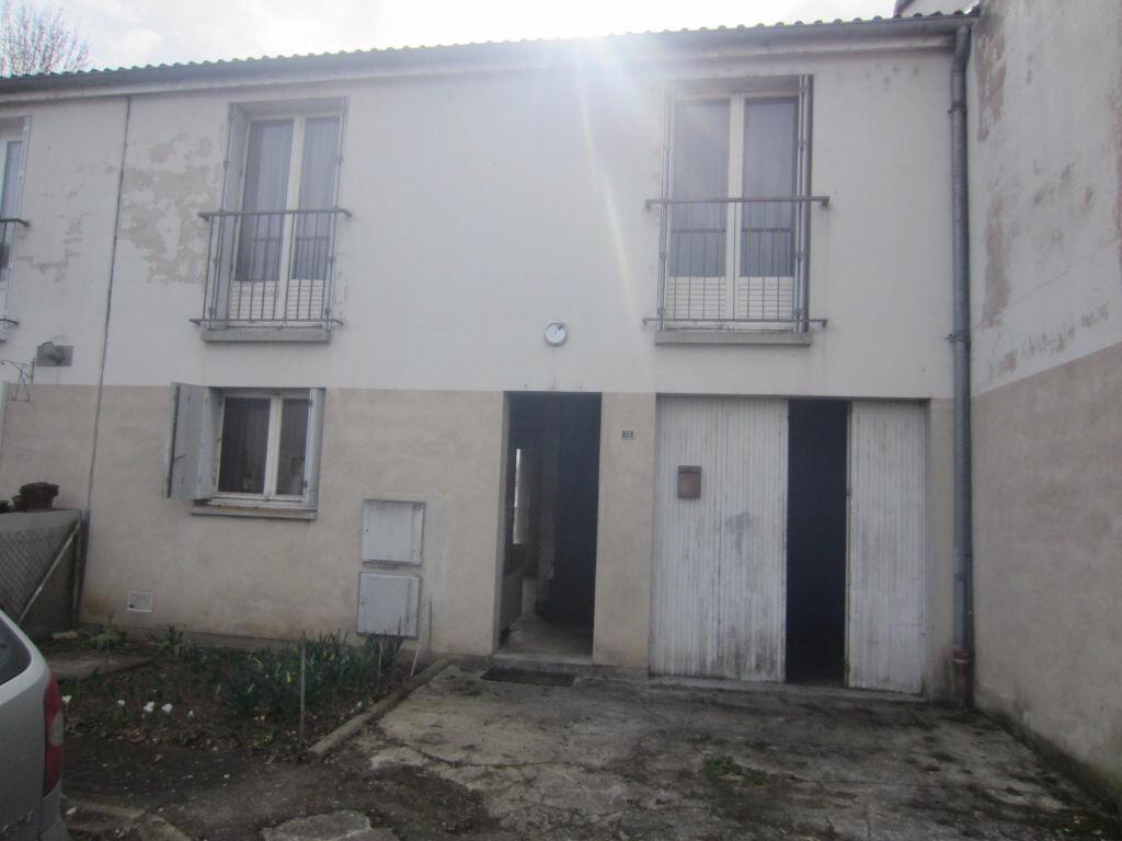 Achat Maison 4 pièces à Selles-sur-Cher - vignette-18