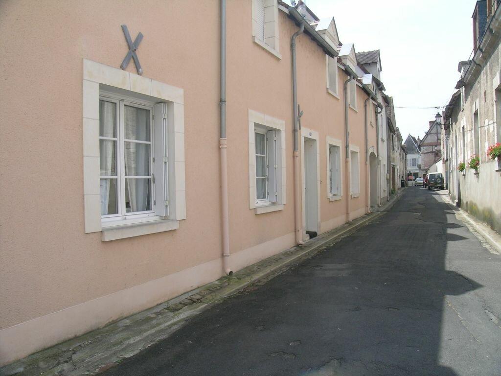 Location Appartement 3 pièces à Selles-sur-Cher - vignette-2