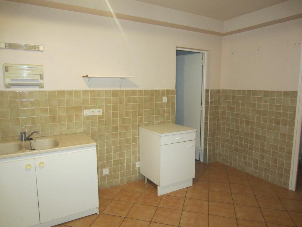 Location Appartement 3 pièces à Selles-sur-Cher - vignette-4