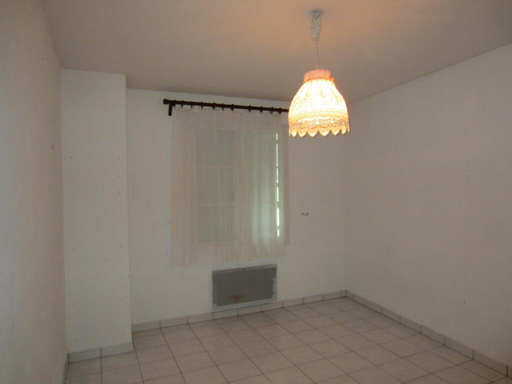 Location Appartement 3 pièces à Selles-sur-Cher - vignette-5