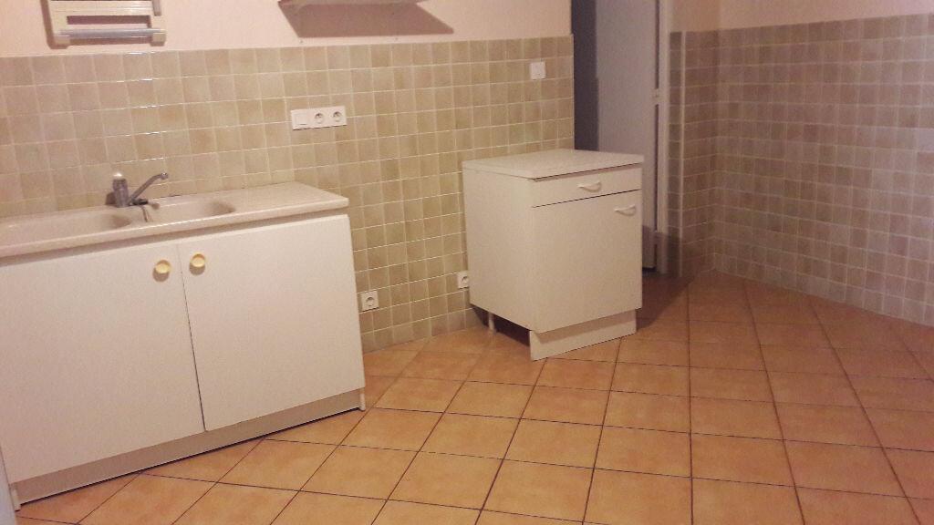 Location Appartement 3 pièces à Selles-sur-Cher - vignette-8