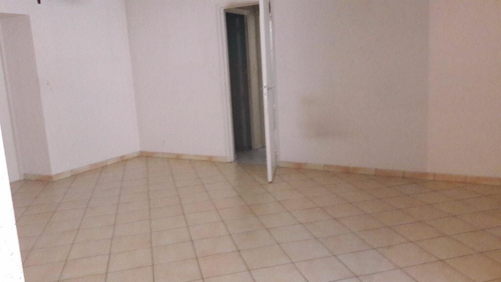 Location Appartement 3 pièces à Selles-sur-Cher - vignette-10