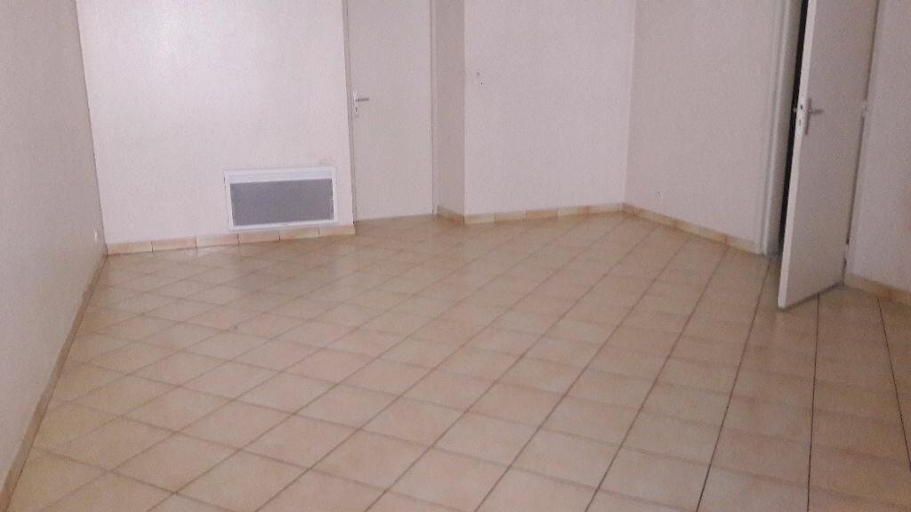 Location Appartement 3 pièces à Selles-sur-Cher - vignette-11