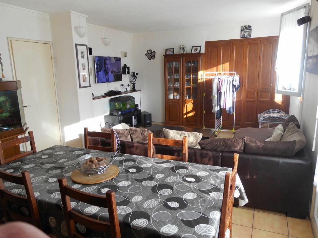 Achat Appartement 4 pièces à Beauvais - vignette-1