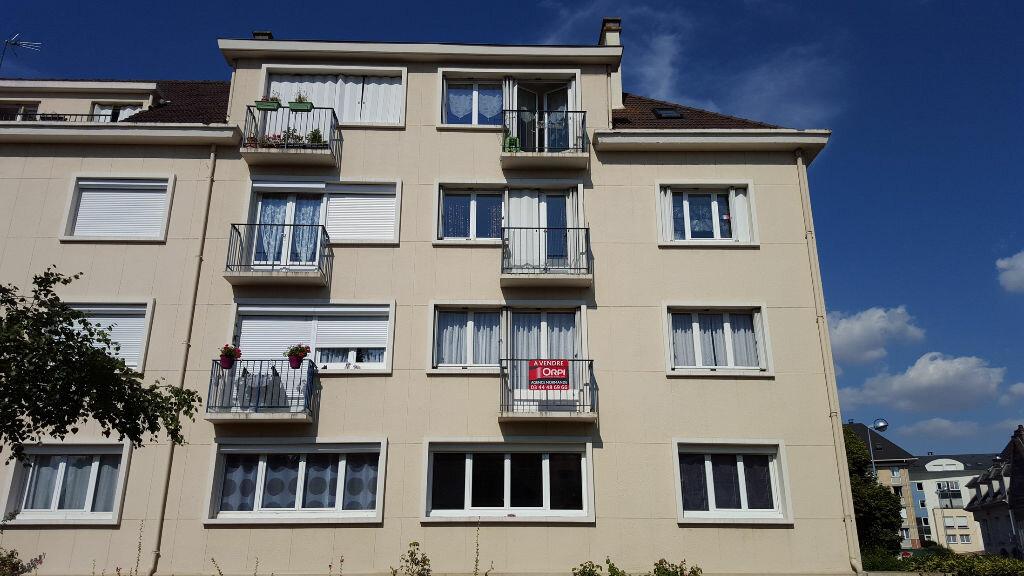 Achat Appartement 3 pièces à Auneuil - vignette-1