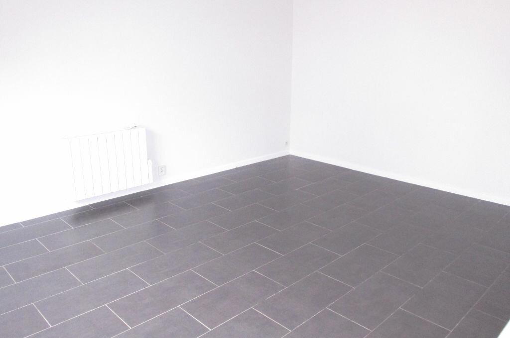 Achat Appartement 1 pièce à Livry-Gargan - vignette-3
