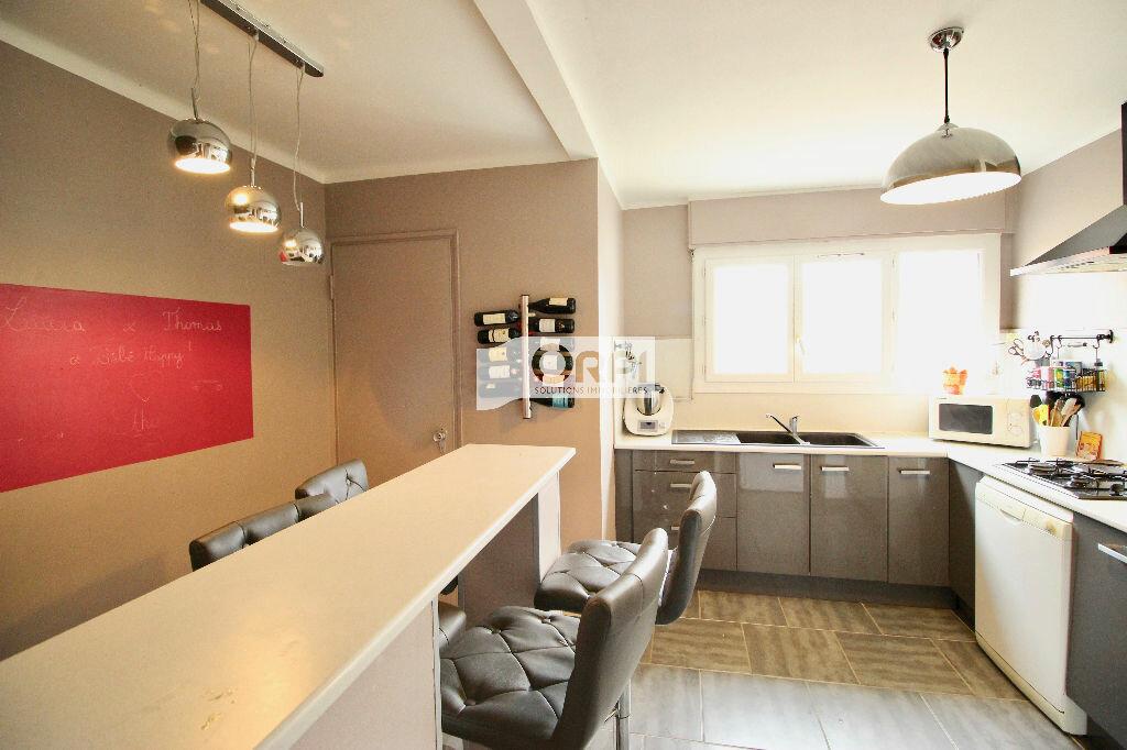 Achat Appartement 4 pièces à Sète - vignette-3