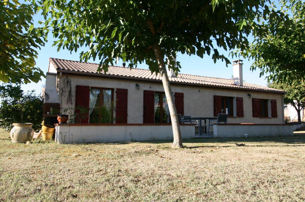Achat Maison 4 pièces à Labastide-Saint-Sernin - vignette-1