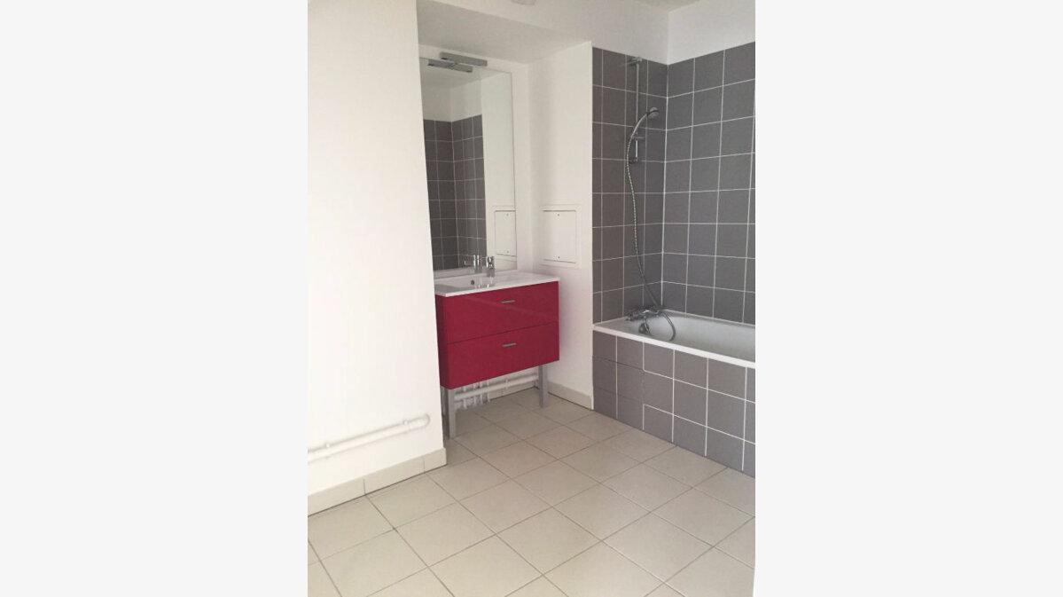 Achat Appartement 3 pièces à Saint-Ouen - vignette-6