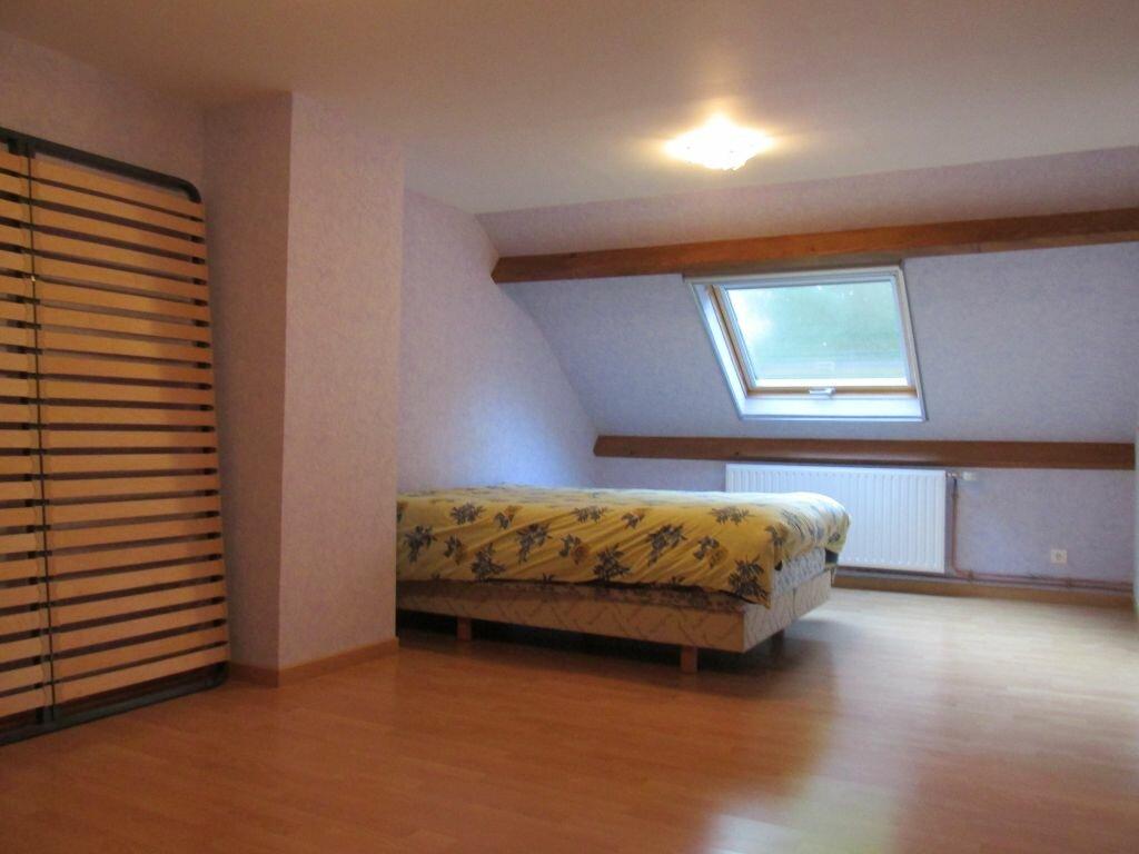 Location Maison 7 pièces à Château-Renard - vignette-5