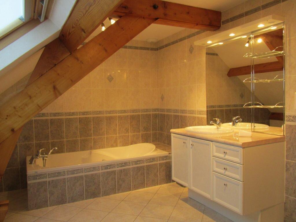 Location Maison 7 pièces à Château-Renard - vignette-6