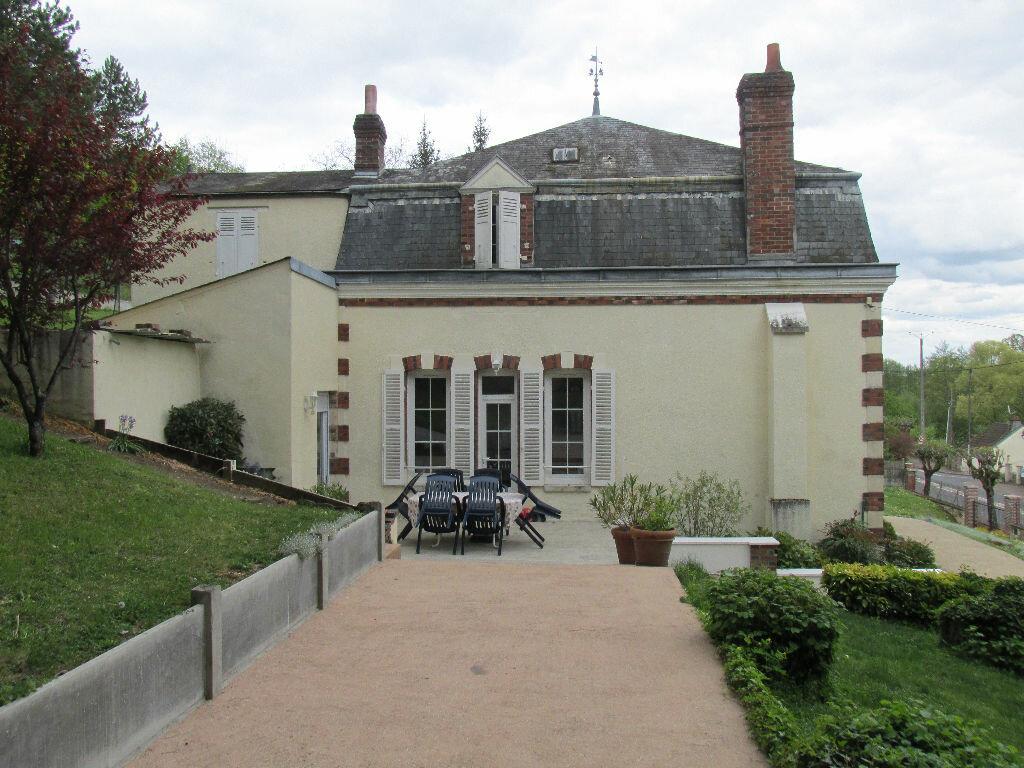 Achat Maison 8 pièces à Château-Renard - vignette-5