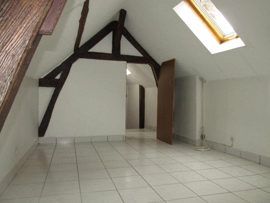 Location Maison 4 pièces à Château-Renard - vignette-7