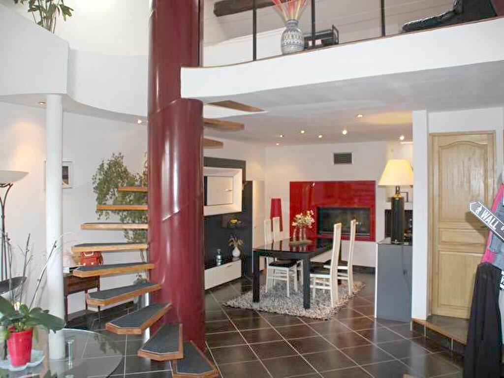 Achat Maison 4 pièces à Clermont-le-Fort - vignette-1