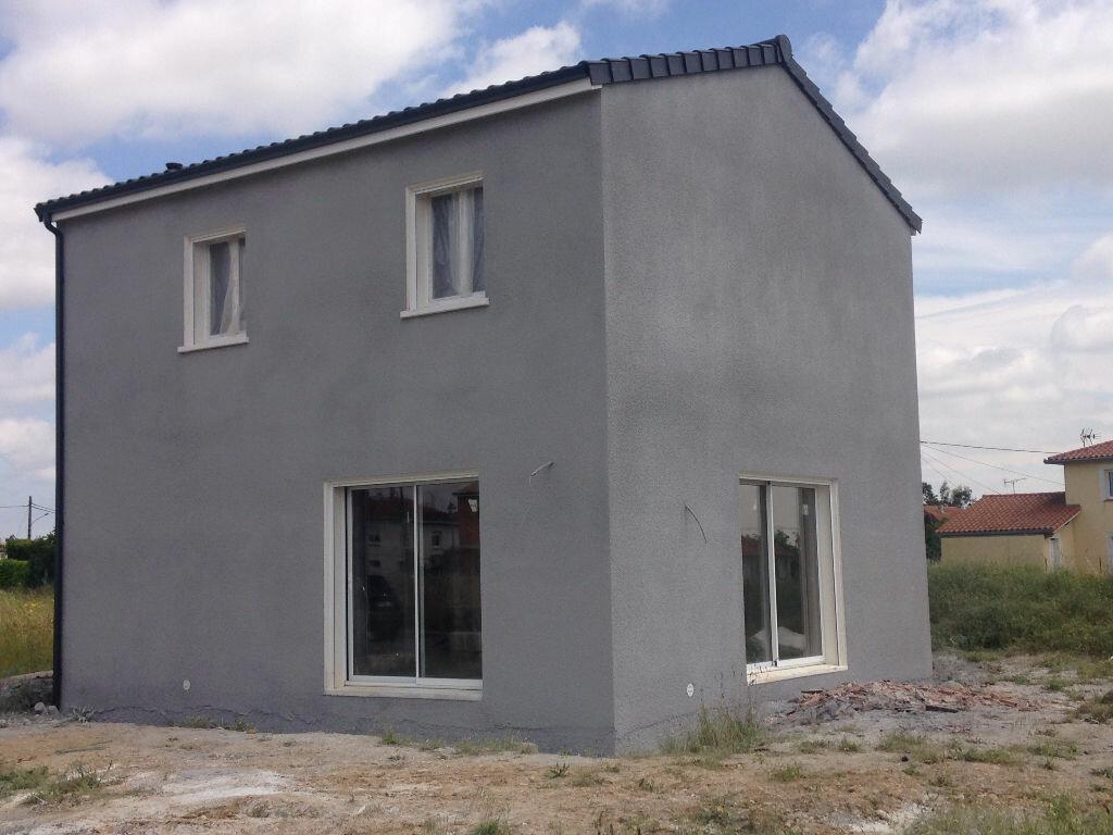 Achat Maison 4 pièces à Labarthe-sur-Lèze - vignette-1