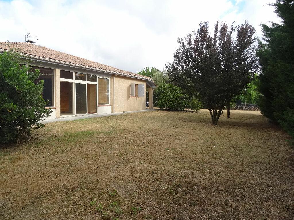Location Maison 4 pièces à Muret - vignette-1