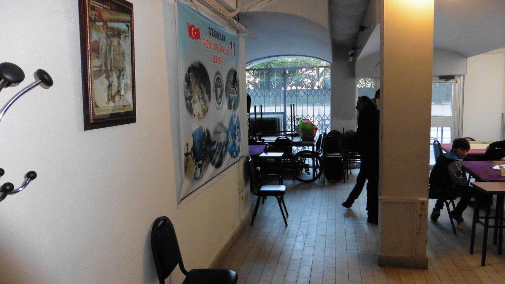 Achat Local commercial  à Avignon - vignette-1