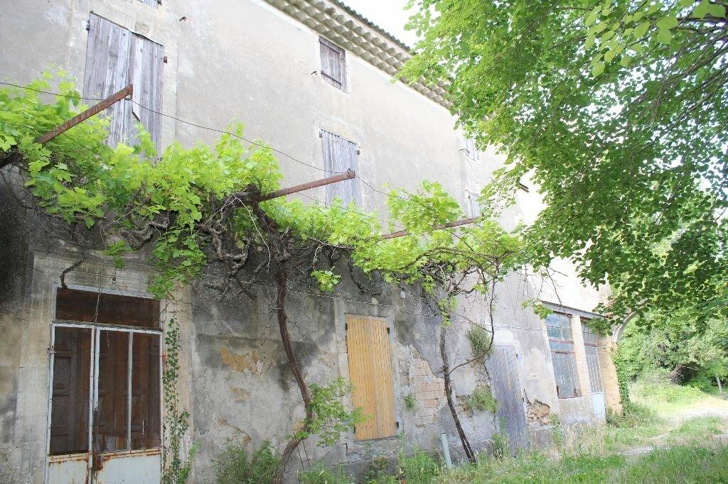 Achat Maison 14 pièces à Althen-des-Paluds - vignette-1