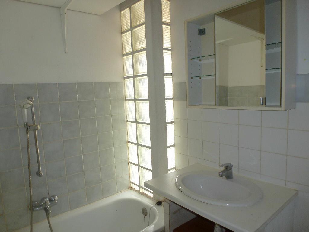 Achat Appartement 3 pièces à Avignon - vignette-10