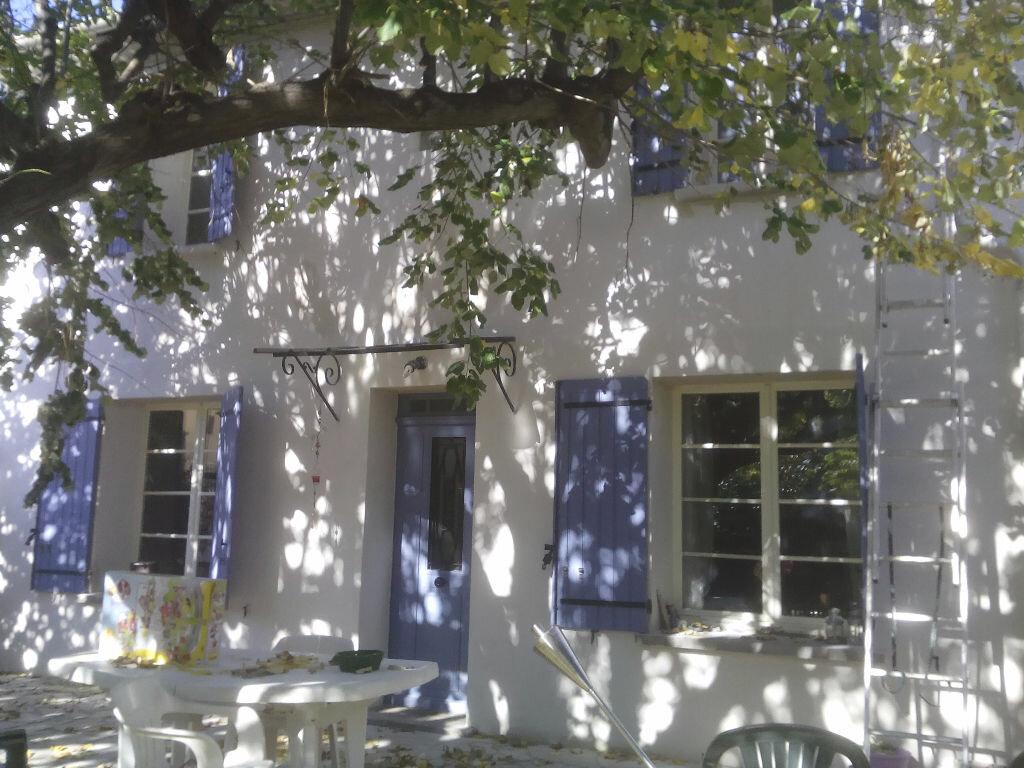 Achat Maison 4 pièces à Avignon - vignette-2
