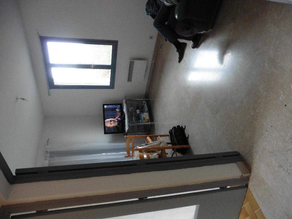 Achat Appartement 2 pièces à Avignon - vignette-3