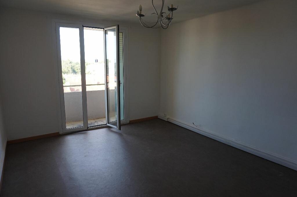 Location Appartement 4 pièces à Perpignan - vignette-4