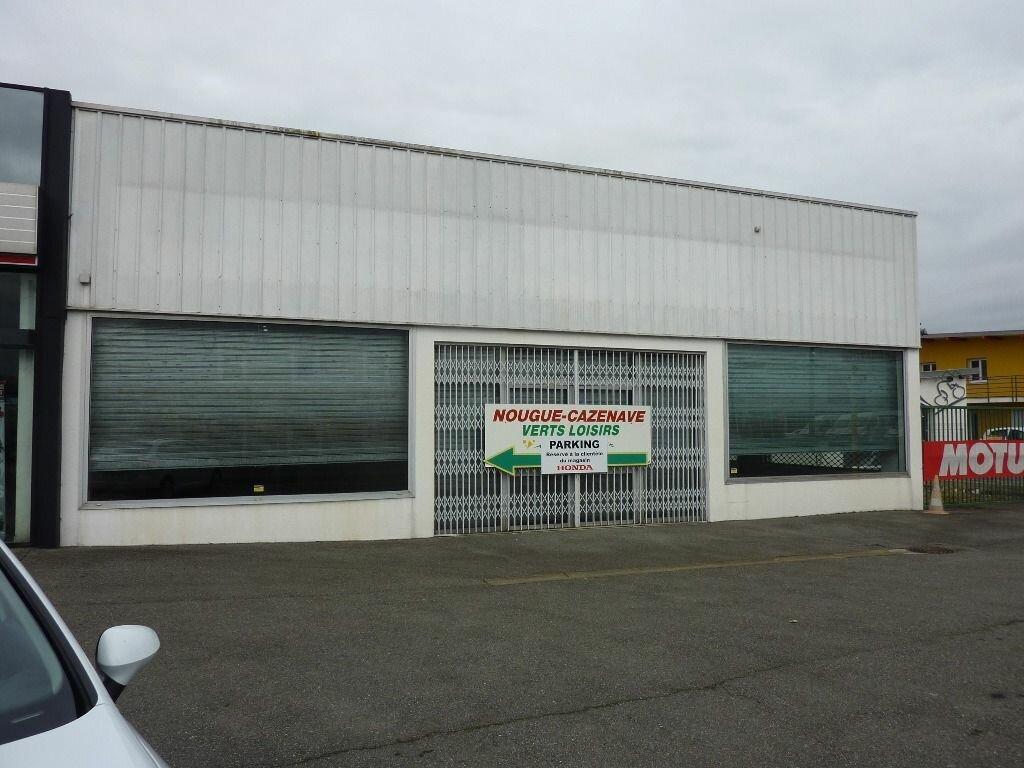 Location Local commercial  à Lons - vignette-1