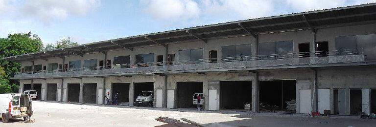 Location Entrepôt  à Remire-Montjoly