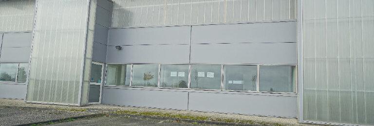 Location Entrepôt  à Bernay