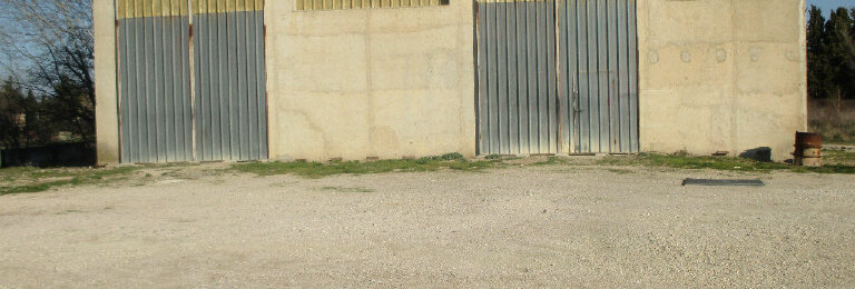 Location Entrepôt  à Aubignan