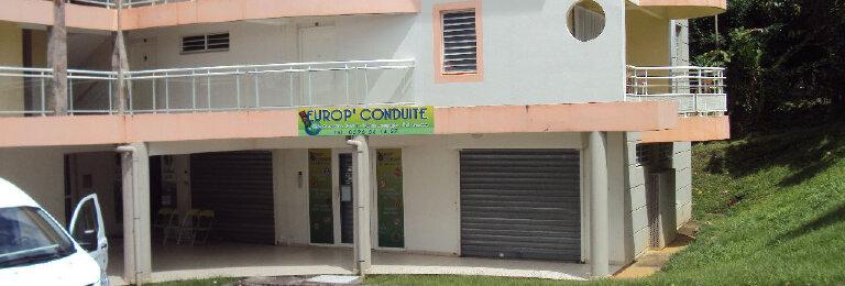 Location Local commercial  à Le Lamentin