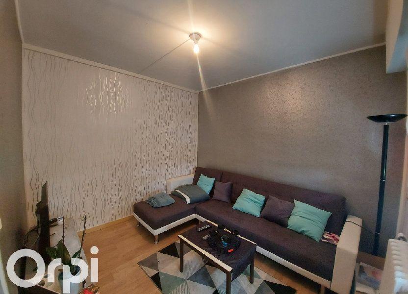 Appartement à louer 53m2 à Maubeuge