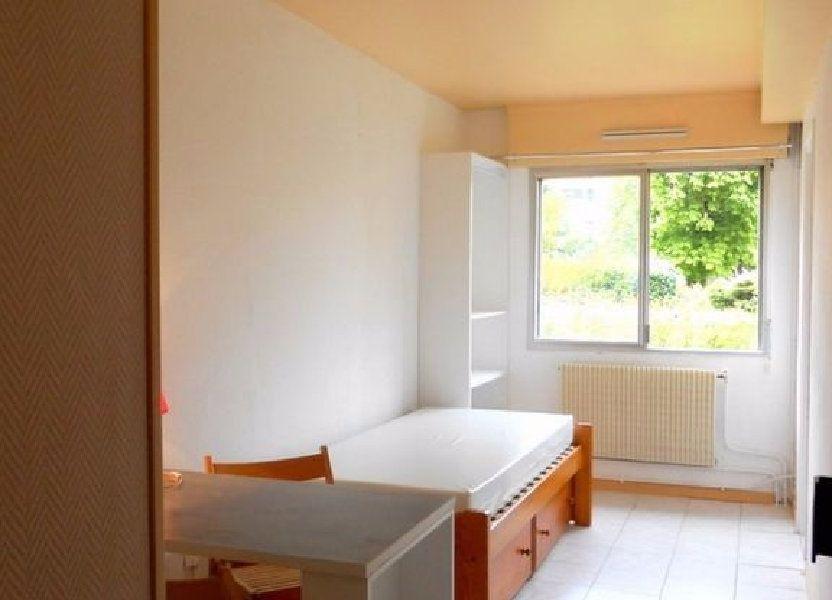 Appartement à louer 13.28m2 à Lille